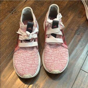 Adidas Edge Lux Size 6 running 🏃🏼♀️ shoe